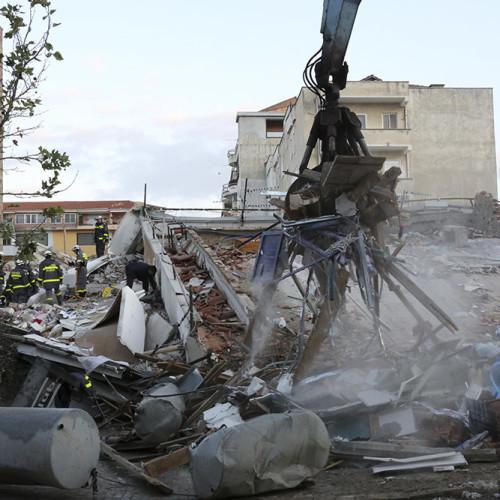 Terremoto_in_Albania_(49131201913)